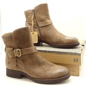 NWT BORN SYD Ankle Boots Taupe Distressed Leather